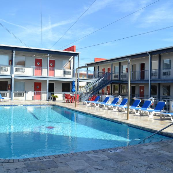 Sea Breeze Beach Hotel Lodging Tybee Island