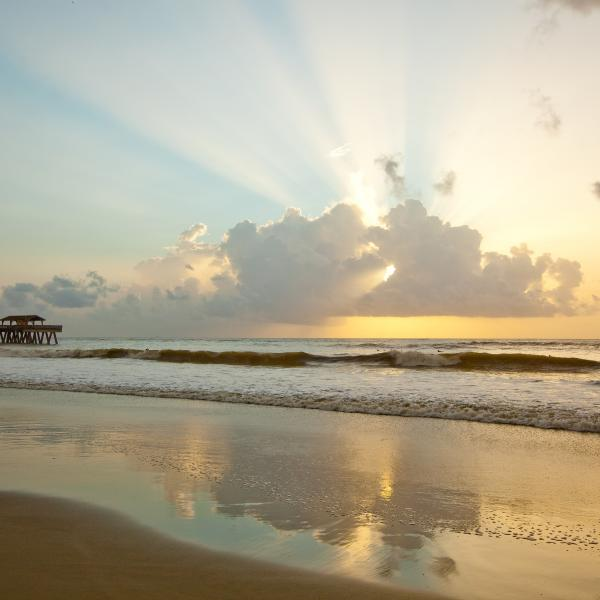 tybee-island-pier-sunrise-clouds-attractions-south-beach