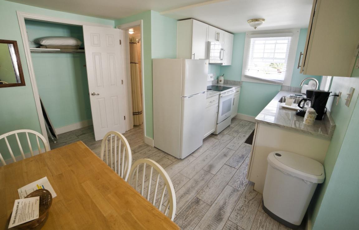 Suite 7 Kitchen