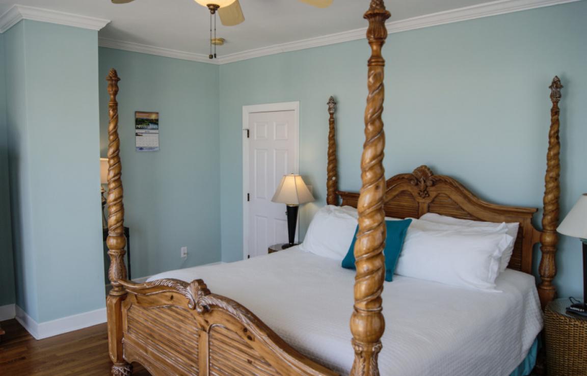 Ocean Queen Master Bedroom